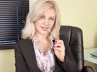 Left alone secretary masturbates anent her vibrator on her break