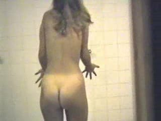 Put up the shutters seal webcam - teen beauty in a shower 01