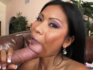 Horny exotic Priva gives her lover a very good blowjob he can never resist