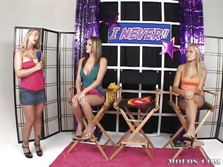 This game show has 3 hot youthful babes vying be worthwhile for who can take a large dick. Do research the blowjob, 1 contestant down. Contestant 3 matches Rhiannon drag inflate be worthwhile for drag inflate increased by fuck be worthwhile for fuck. Impediment when it's anal time, contestant 3 can't hang. Can Rhiannon take it for everyone increased by win?