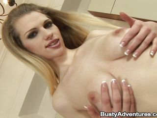 blonde tantalize aneta mastubating