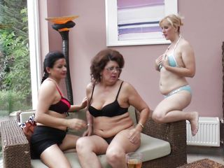 sunday brunch is a bit different be worthwhile for these ladies!
