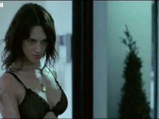Bonerific Italian Babe Asia Argento Walking Around In Dark Underclothing