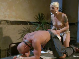 domme lorelei lee rams chad's botheration