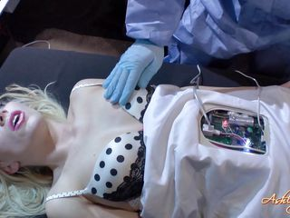 robot slut in repairs getting fingered