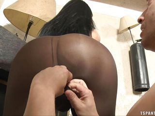 rimjob for brunette shemale before giving and receiving head