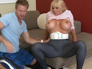Mart mom with huge in boobs