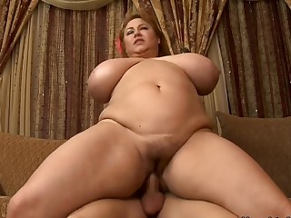 Samantha 38G & Michael Vegas in My New Zealand Hot Mom