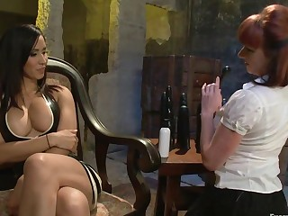 Double Anal Fisting Isis Dote on and Kylie Ireland