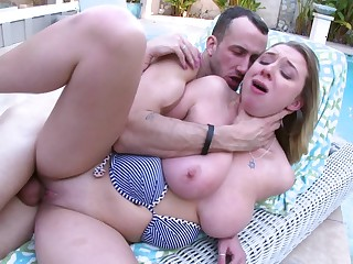 Brooke Wylde is handy her curvaceous best making out poolside