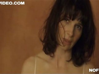 Exquisite French Cosset Julliette Binoche Shows Her Bush - Hot Carnal knowledge Instalment