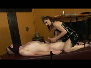 Mistress gemini shows her slave the meaning of throb