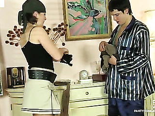 Gwendolen&Adam kinky hose job movie