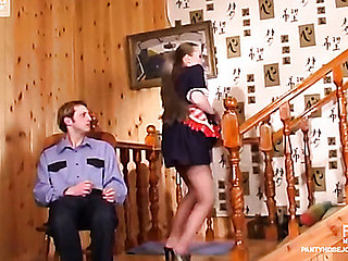 Nellie&Cyrus perverted pantyhose job episode