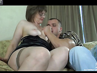 Stacked mamma gives head to a youthful stud for muff-diving and intense dicking