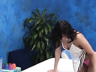 Brunette Hair hotty feels dick entering cunt after getting massage