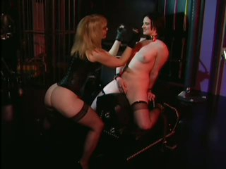 Uncomplaining Claire Adams Likes Being Tortured With a Fucking Machine