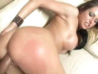 Pornstar Rachel Roxxx loves his fruitful cock