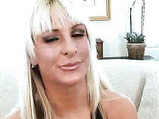 Platinum golden-haired mother i'd like to fuck Emilianna widens her sugary sweet cougar fur pie