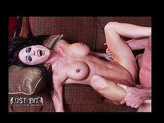 Ep-1 Bonus Footage : Detailed Jessica Jaymes Sex Scene