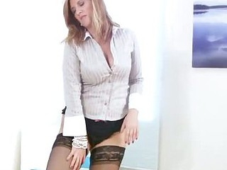 Busty office milf receives off when this babe receives habitation
