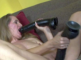 Mature trull Sara James knows best of a mating toy,