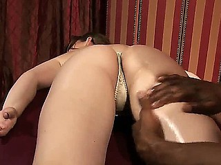 Hot Jennifer Ashen receives a massage