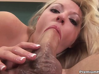 Natural born cock sucker Kylee Reese shows her awesome oral skills in this steamy porn movie. That babe takes it deep. man covers her face in sex cream after getting throat fucked. Good cock sucking action!