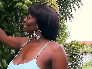 Chocolate skinned milf Karina has something