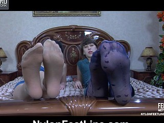 Maggie&Bex nylon footsex action