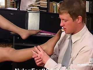 Isabella&Bertram mindblowing nylon toes action