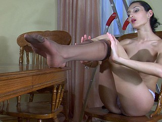 Cora nylon feet act