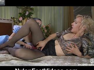 Betty&Veronica concupiscent nylon feet movie scene