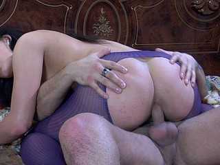 Round wazoo hussy gives head and gets arse fucked thru crotchless pantyhose