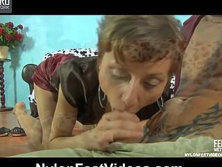 Sophy&David stunning nylon toes movie