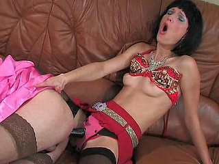 Emilia&Gilbert dong sissysex video