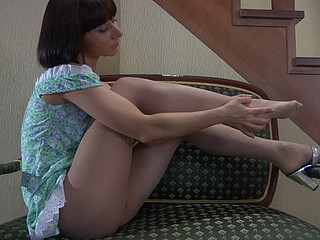 Mireille in hose movie