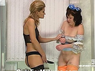 Christie&Melanie pussylicking mama in act