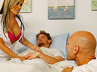 Johnny is visiting his friend in the hospital when Courtney the nurse catches his attention. When this babe goes to the next couch to perform a sponge bath on a patient, Johnny can hear some naughty activities going on. Unable to resist his curiosity that guy starts to spy on the act next door until this guy musters the courage to go check it out.
