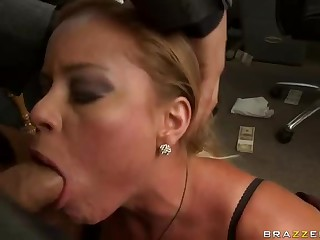Big dicked boss punishes his secretary Nikki Delano