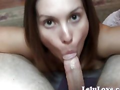 Lelu Love puts her sexy mouth to work